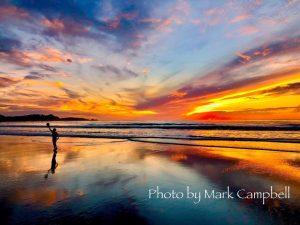 Beach Scene By Mark Campbell